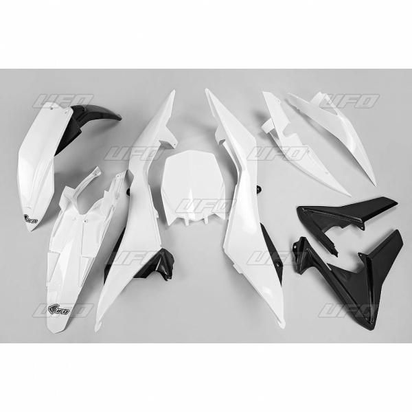 Sada plastů TC 449 4T 2011-041-bílá