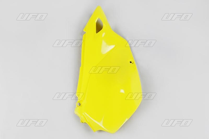 Bočnice pravá-102-žlutá RM 02-